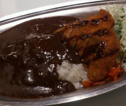 キッチンユキ「金澤ブラックカレー」